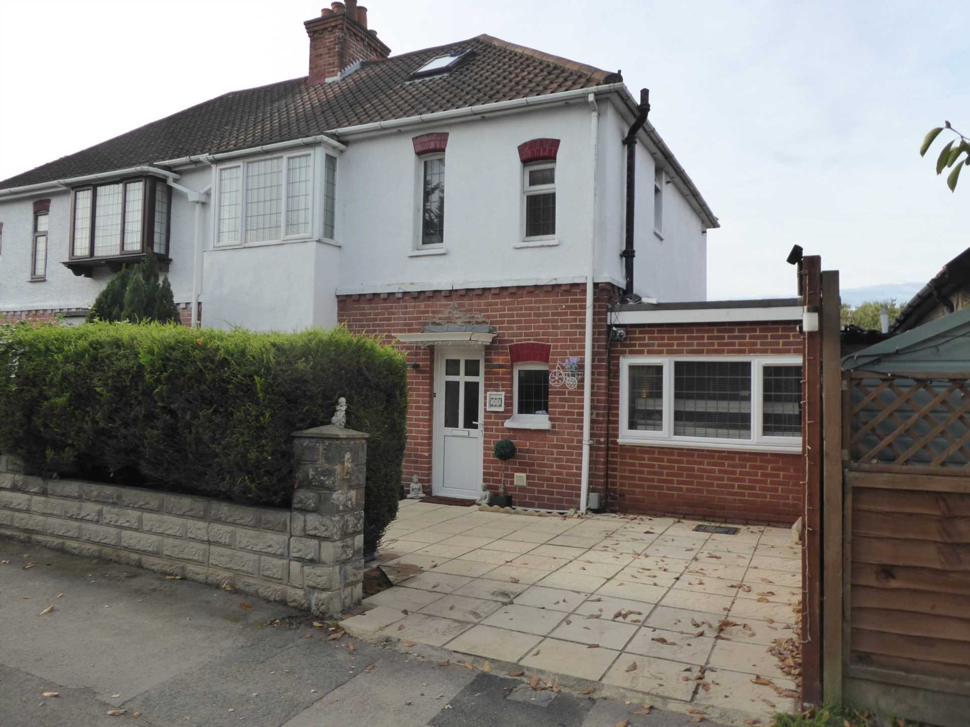 4 Bedroom – 98 Anderson Avenue, Reading