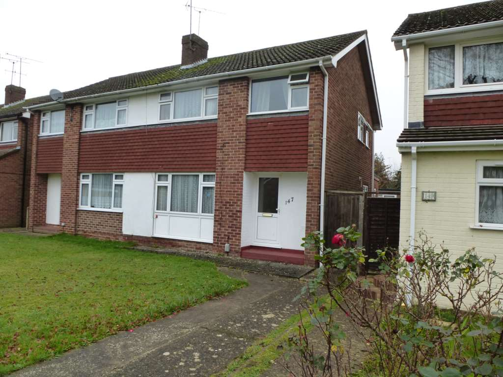 3 bed – 147 Fairwater Drive (Not Available)